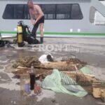 Любен Дилов се включи в дайвинг екипа за почистване на морското дъно около остров Св. Анастасия (ВИДЕО)